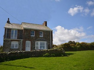 Lovely 4 bedroom House in Trelights with Internet Access - Trelights vacation rentals