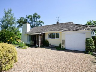 Perfect House with Internet Access and Fireplace - North Curry vacation rentals