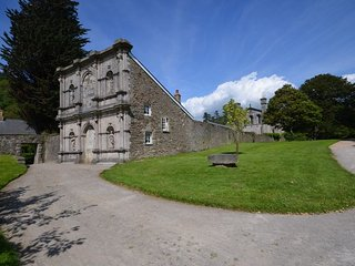 3 bedroom House with Internet Access in Margam - Margam vacation rentals