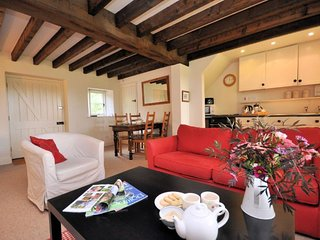 MANWI Cottage in Frome St Quin - Cattistock vacation rentals