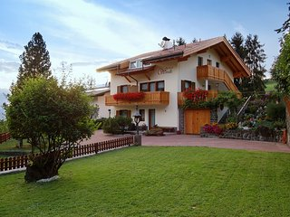 200B - Haus Woerndle - Two-Bedroom Apartment with balcony - Alpe di Siusi vacation rentals