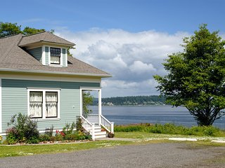 NEW! 3BR Port Gamble Cottage w/ Puget Sound Views! - Port Gamble vacation rentals