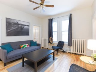 Cozy 2 bedroom Vacation Rental in Ottawa - Ottawa vacation rentals