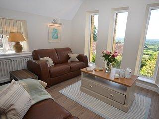 Perfect 2 bedroom House in Buckhorn Weston - Buckhorn Weston vacation rentals