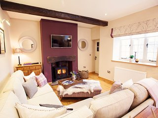 Romantic 1 bedroom House in Llanfrynach with Internet Access - Llanfrynach vacation rentals