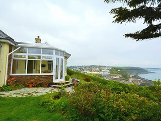 Lovely 3 bedroom House in Portmellon Cove with Internet Access - Portmellon Cove vacation rentals