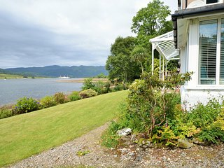 Beautiful 4 bedroom Colintraive House with Internet Access - Colintraive vacation rentals