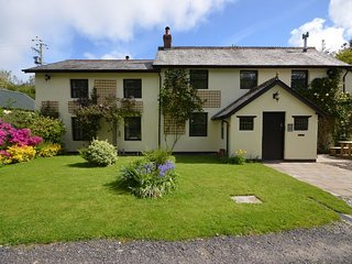 Perfect 4 bedroom House in Bittadon - Bittadon vacation rentals