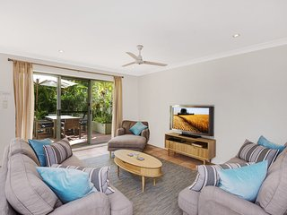 4/37 Childe Street - Ahisma 3 Bedroom Townhouse - Byron Bay vacation rentals