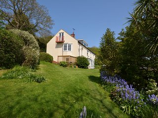 Beautiful House with Internet Access and Fireplace - Penmon vacation rentals