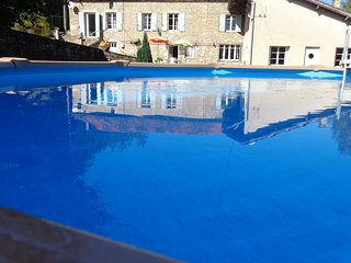 Perfect House with Internet Access and Satellite Or Cable TV - Saint-Cernin-de-l'Herm vacation rentals