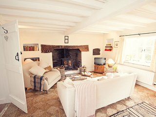 Nice House with Internet Access and Fireplace - Dorstone vacation rentals