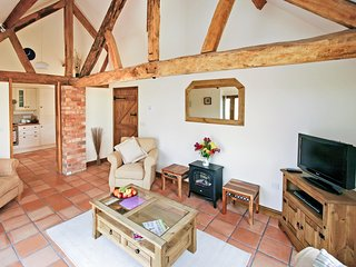 3 bedroom House with Internet Access in Hanbury - Hanbury vacation rentals