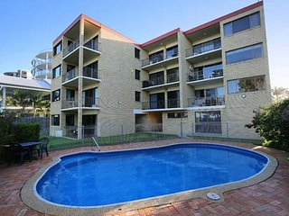 Golden Shores Unit 6, 21 Landsborough Parade - Golden Beach vacation rentals