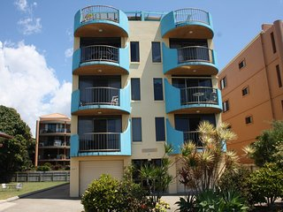 Wonderful 3 bedroom Golden Beach Apartment with Television - Golden Beach vacation rentals