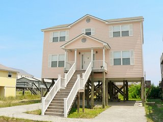 Comfortable House with Deck and Internet Access - Surf City vacation rentals
