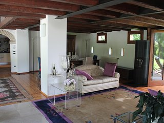 Nice Condo with Internet Access and Washing Machine - Casale sul Sile vacation rentals