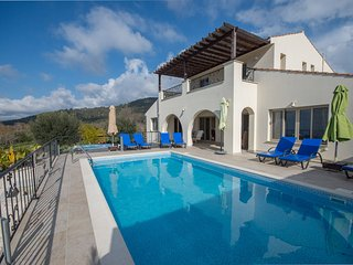 Lysos villa with private pool - Lysos vacation rentals