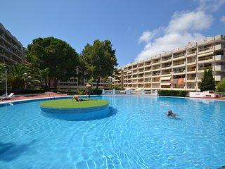Nice 2 bedroom Condo in Salou with Internet Access - Salou vacation rentals