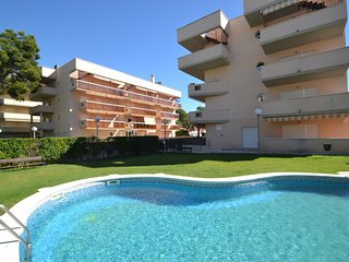 Bright 2 bedroom Apartment in Salou with Internet Access - Salou vacation rentals