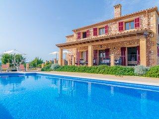 TORRE NOVA DEU - Villa for 10 people in S'ILLOT - S'illot vacation rentals