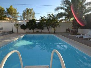 Bright 5 bedroom L'Ametlla de Mar Villa with Washing Machine - L'Ametlla de Mar vacation rentals