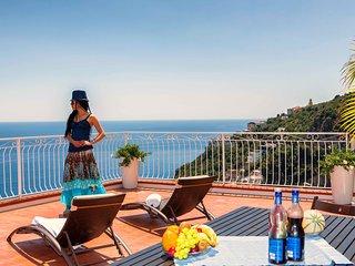 VILLA SERENA with Amazing Sea View, in Amalfi ! - Amalfi vacation rentals