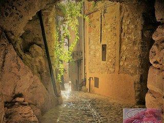 Casa Luna - Romantico nido su 3 livelli nel centro storico di Apricale - Apricale vacation rentals