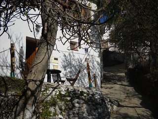 Quirky renovated character town house on the edge of Alcutar. - Berchules vacation rentals