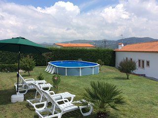 Nice 4 bedroom House in Baiao - Baiao vacation rentals