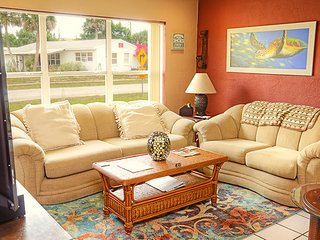 JUNE/JULY $PECIALS - BEACHSIDE HOME -HUGE PATI0- 2BR/BA -  #110 - Ormond Beach vacation rentals