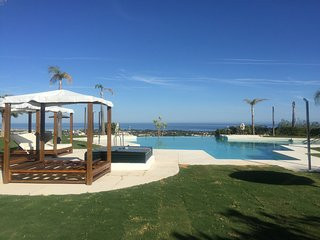 Exclusive Penthouse with spectacular sea and mountain views in a superb location - Benahavis vacation rentals
