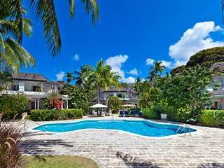 Emerald Beach 6 - Ideal for Couples and Families, Beautiful Pool and Beach - Saint Peter vacation rentals