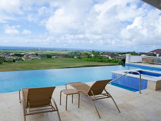 Comfortable Condo with Internet Access and A/C - Maynards vacation rentals