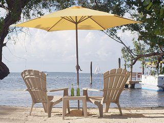 Key Largo - your own private beach! Free use of canoe. - Key Largo vacation rentals
