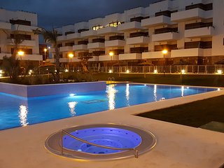Luxury ground floor apartment close to golf, beaches and shopping - La Zenia vacation rentals