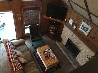 Lg Pocono Chalet (Sleeps 19) -Great for Family/Friend Reunions - Lake Harmony vacation rentals