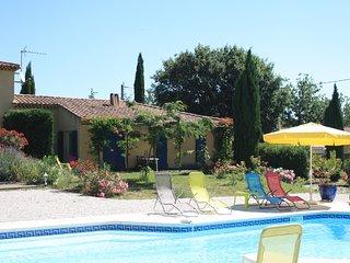 Gîte *** à St Maximin la Ste Baume ( Var ) - Saint-Maximin-la-Sainte-Baume vacation rentals