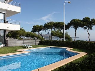 L`Oratge Seafront Apartment 1 - Port de Pollenca vacation rentals