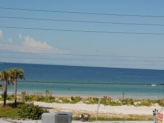 Ohana Hale Beachside Suite A - Bradenton Beach vacation rentals