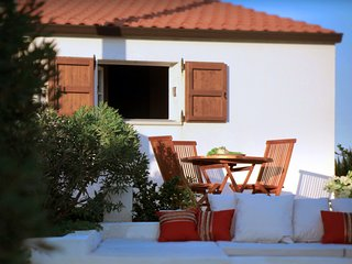 MemaMare, A Romantic cottage. Seaview - Pachino vacation rentals