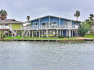 3BR Waterfront Key Allegro Home w/Amazing Views! - Rockport vacation rentals