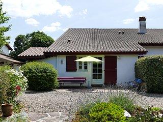 Apt. 3* idéal Cure à Cambo et Vacances Basques - Louhossoa vacation rentals