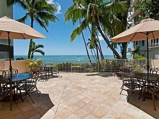 Gold Coast Oceanfront  Building - Near Waikiki! - 1 Bedroom Condo - Honolulu vacation rentals