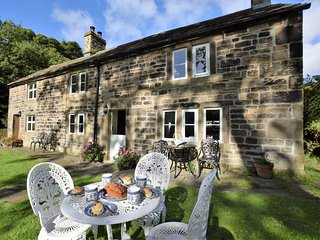 2 bedroom House with Internet Access in Edale - Edale vacation rentals