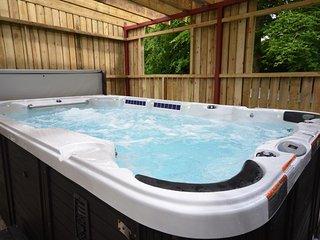 3 bedroom House with Hot Tub in Llanilar - Llanilar vacation rentals