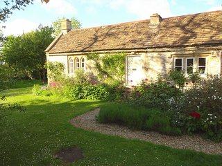 Perfect 1 bedroom Corsham House with Internet Access - Corsham vacation rentals