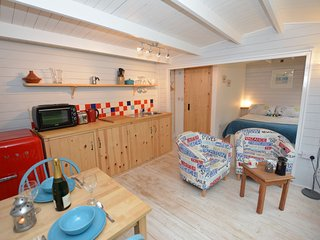 Romantic 1 bedroom House in Heamoor - Heamoor vacation rentals