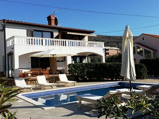 Apartment - 200 m from the beach - Punat vacation rentals
