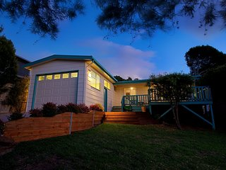 3 bedroom House with A/C in Smiths Beach - Smiths Beach vacation rentals